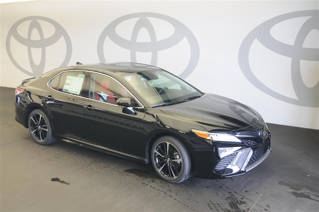 New 2019 Toyota Camry XSE w/Driver Assist & Navigation + Pano Roof