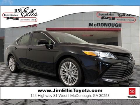 New 2019 Toyota Camry XLE w/Driver Asst & Navigation + Pano Roof