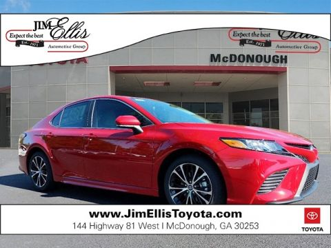 New 2019 Toyota Camry SE w/Convenience Package & Blind Spot Monitor
