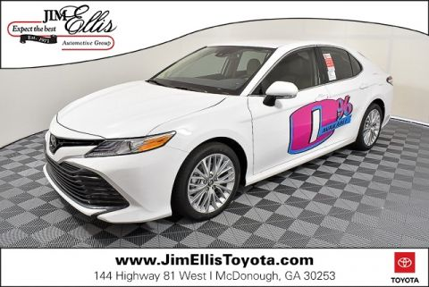 2019 Toyota Camry XLE w/Navigation