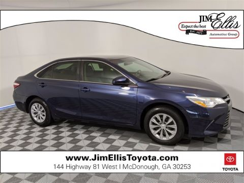 Pre-Owned 2015 Toyota Camry 4D Sedan FWD