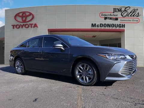 New 2019 Toyota Avalon XLE w/Moonroof Package