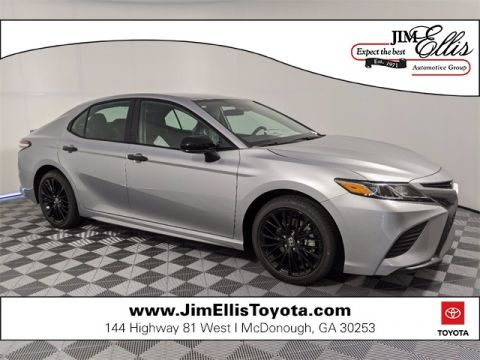New 2020 Toyota Camry SE Nightshade 4D Sedan FWD