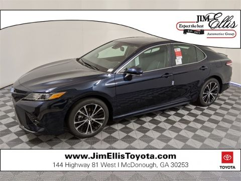 New 2020 Toyota Camry SE w/Convenience Package & Blind Spot Monitor 4D Sedan FWD