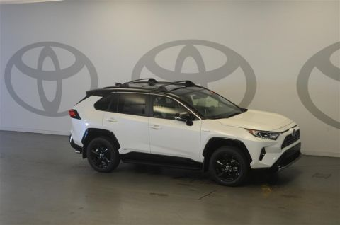 New 2019 Toyota RAV4 Hybrid XSE AWD w/Weather Package